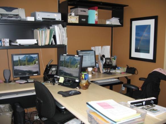 5a-two-desks